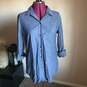 Navy blue stretchy button down with hidden pockets